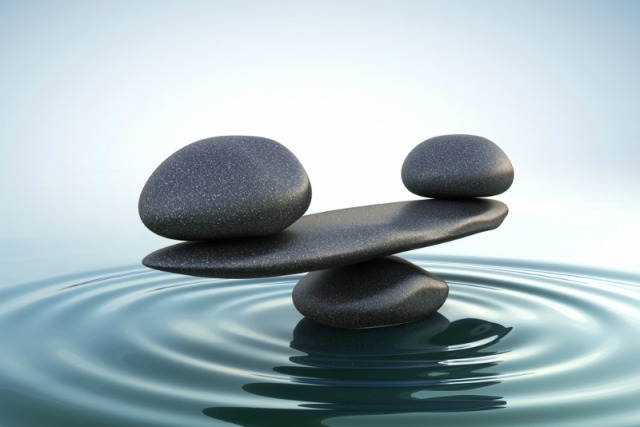 feng-shui-stones-in-water